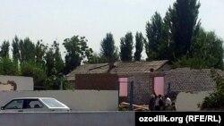 Қытайтепе ауылындағы үй бұзу. Өзбекстан, 13 қыркүйек 2013 жыл.