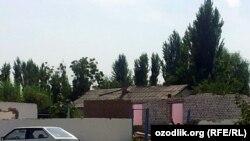 Тошкент вилоятининг Хитойтепа қишлоғида ҳам уйлар бузилдиf Yuqori Chirchiq district in Tashkent region, September 13, 2013.