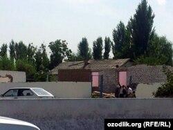 Снос домов в селе Китай-тепе Юкоричирчикского района Ташкентской области. 13 сентября 2013 года.