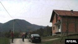 Dešavanja koja su za rezultat imala veliki broj ubijenih i nestalih Bošnjaka u Vlasenici su započela 21. aprila 1992. kad su jednice vojske JNA nasilno ušle u Vlasenicu i zauzele sve institucije, foto: Sadik Salimović