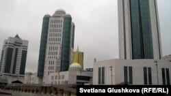 Здание парламента Казахстана в Астане.