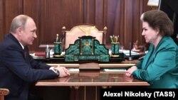 Уладзімір Пуцін і Валянціна Церашкова
