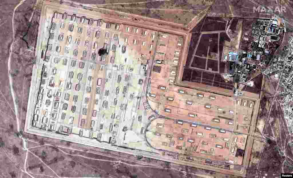 Қазақстан қорғаныс министрлігінің мәліметінше, Арыстағы әскери қойманың 70 пайызы жанып кеткен. Қоймада кем дегенде 40-50 жарылыс болған.