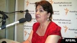 Milli Məclisin insan hüquqları komitəsinin sədri, deputat Rəbiyyət Aslanova (Arxiv foto)