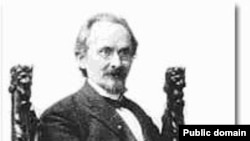 Николай Бердяев: «Всё, что писал Розанов — писатель богатого дара и большого жизненного значения, есть огромный биологический поток, к которому невозможно приставать с какими-нибудь критериями и оценками»