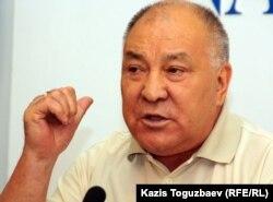 Қазақстан коммунистік партиясының басшысы Ғазиз Алдамжаров. Алматы, 29 маусым 2011 жыл.