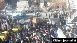 صحنهای از اعتراضات در نیشابور