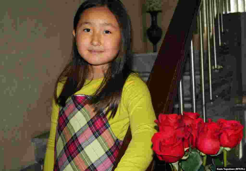 Мерей Заманбеккызы, дочь Заманбека Нуркадилова и Макпал Жунусовой. Алматы, 12 ноября 2012 года.
