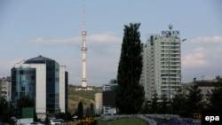 Вид на Алматы.