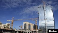 Строительство новых зданий в Баку, 3 ноября 2010