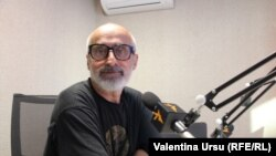 Nicolae Pojoga în studioul Europei Libere