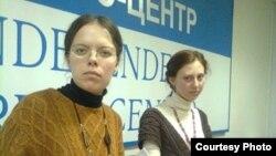 Правозащитница Надежда Низовкина (слева)