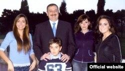 Президент Илхам Алиев үй-бүлөсү менен