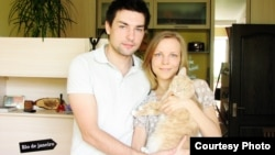 Roman Kharchenko, his girlfriend, Yulia, and their cat Rudy hope to lure visitors to Chernihiv.