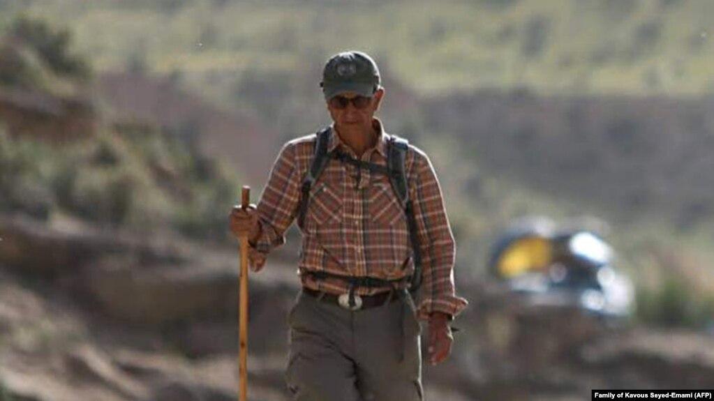 کاووس سیدامامی، کنشگر در زمینه محیط زیست در زمان بازداشت درگذشت