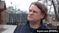 Активист Руслан Яновский