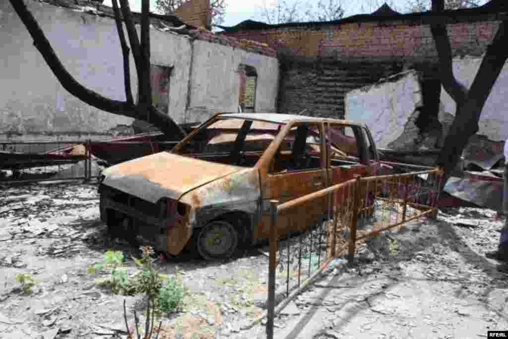 Remnants Of The Riots In Osh #22