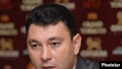 Armenia -- Eduard Sharmazanov, the speaker of ruling HHK party, at a press conference, 06Novermer, 2009