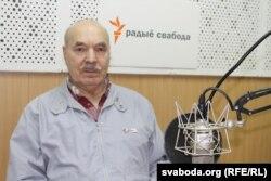 Міхась Кукабака ў студыі Радыё Свабода. 2016 год