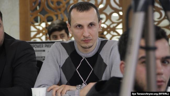 Сервер Мустафаев до ареста. Симферополь, 23 декабря 2017 года
