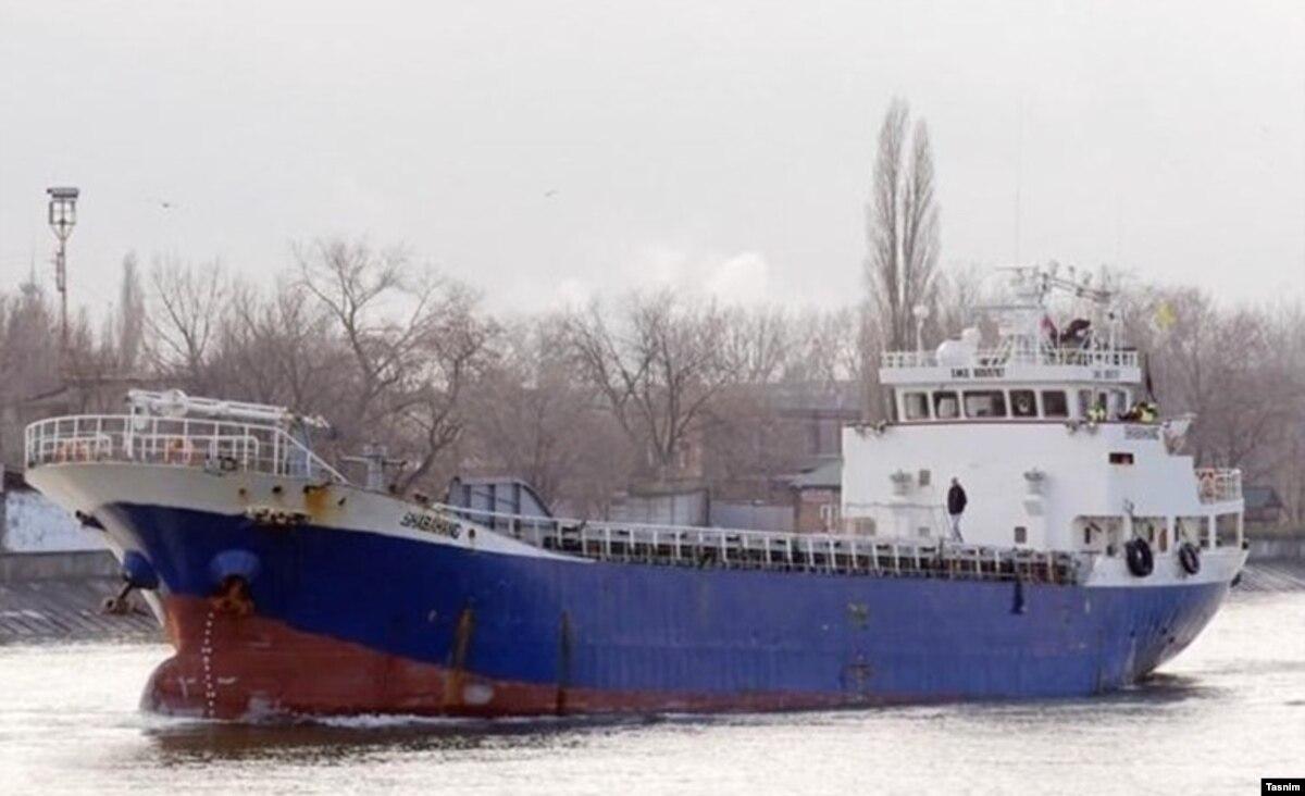 Азербайджан: девять человек спасли с борта иранского судна, которое затонуло в Каспийском море