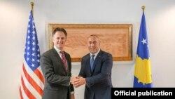 Kryeministri i Kosovës, Ramush Haradinaj në takim me Koordinatorin kundër terrorizmit në Departamentin amerikan të Shtetit, Nathan A. Sales.