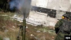 Пророссийские сепаратисты вблизи аэропорта в Донецке, 9 октября 2014