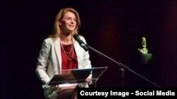 Alina Gorghiu vorbind la aniversarea PNL