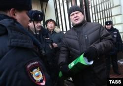 Сергей Митрохин президент девони олдига қўйилмади