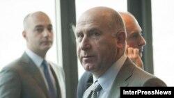 К объективному расследованию скандальной записи призвал и основной фигурант телефонной беседы Уча Мамацашвили