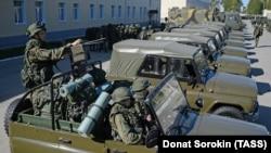 Военнослужащие разведывательного батальона отдельной мотострелковой бригады в Екатеринбурге