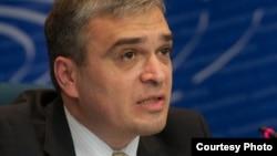 Prezidentliyə namizəd İlqar Məmmədov