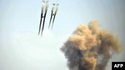 Հայաստանի ռազմաօդային ուժերի Սու-25 օդանավերը զորավարժության ժամանակ, արխիվ