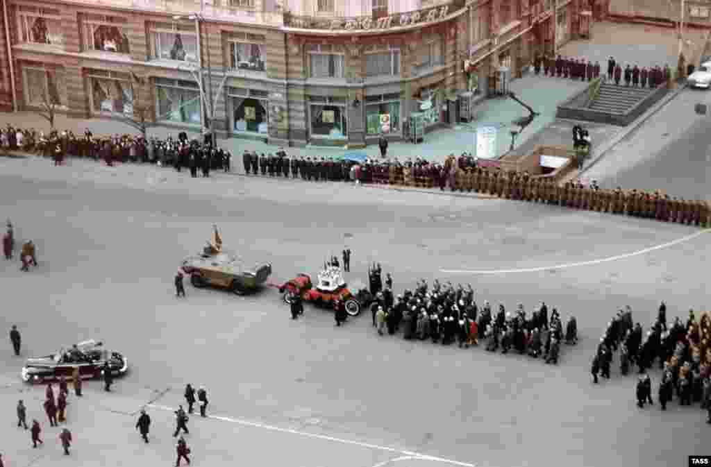 The funeral procession for the two pilots