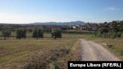 Pe un drum de ţară, în Italia