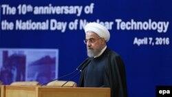 حسن روحانی در مراسمی به نام «دهمین سالگرد روز ملی فناوری هستهای»