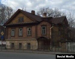 Дом 80/1 на улице Волкова - до восстановления (фото Юрия Балашова)
