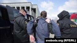 Задержания участников во время шествия в честь Дня Воли. Минск, 26 марта 2017 года.