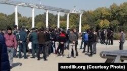 """Протест потерпевших от деятельности """"Korean & Migrations"""", Ташкент, 12 октября 2020 года."""