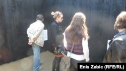 Na zidovima paviljona su činjenice o stradanjima u Jasenovcu