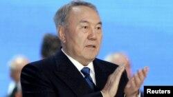 Қазақстан президенті, кезектен тыс президент сайлауына кандидат Нұрсұлтан Назарбаев. Астана, 23 сәуір 2015 жыл.