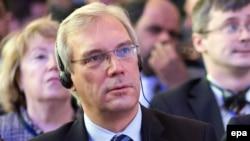 Постоянный представитель России при НАТО Александр Грушко.