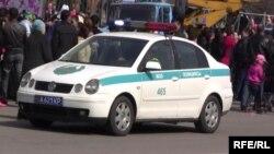 Полицейский автомобиль.