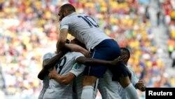 Франция жамоаси Нигерия билан Жаҳон чемпионати доирасида 2014 йилнинг 1 июлида майдонга тушган эди.