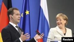 Медведев и Меркел во Хановер