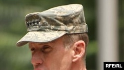 US General Stanley McChrystal in Kabul (file photo)