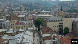 Crkve i džamije na panorami Sarajeva, ilustracija