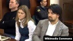 Оьрсийчоь -- Темерханов Юсупан адвокаташ Мусаев Мурад а (аьтту агIор), Тренина Дарья а Москох гIалин кхелехь.