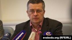 Германия үкіметінің адам құқықтары жөніндегі өкілі Маркус Лёнинг. Минск, 15 қаңтар 2011 жыл.
