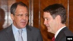 Рускиот министер Лавр9ов во Сенатот на САД